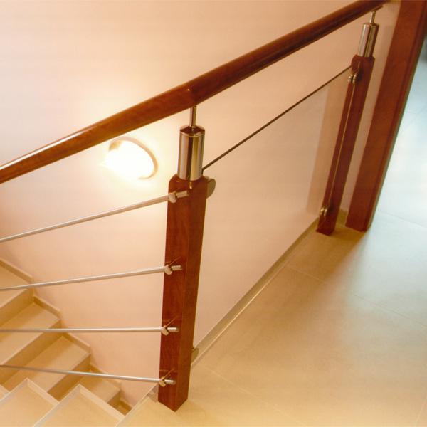 Torneados fuentespalda barandillas y escaleras de madera - Pasamanos de cristal para escaleras ...