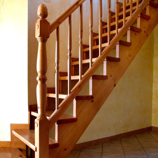 Escaleras de madera rusticas affordable estilo rustico for Escaleras de madera rusticas