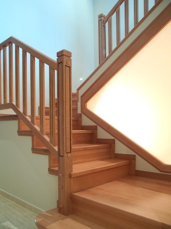 Torneados fuentespalda barandillas y escaleras de madera for Easy escaleras de madera