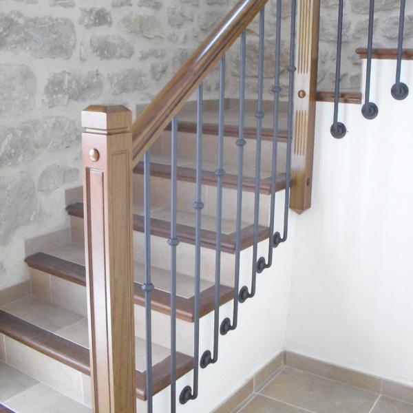 Torneados fuentespalda barandillas y escaleras de madera forja hierro acero inoxidable y - Barandas de hierro modernas ...