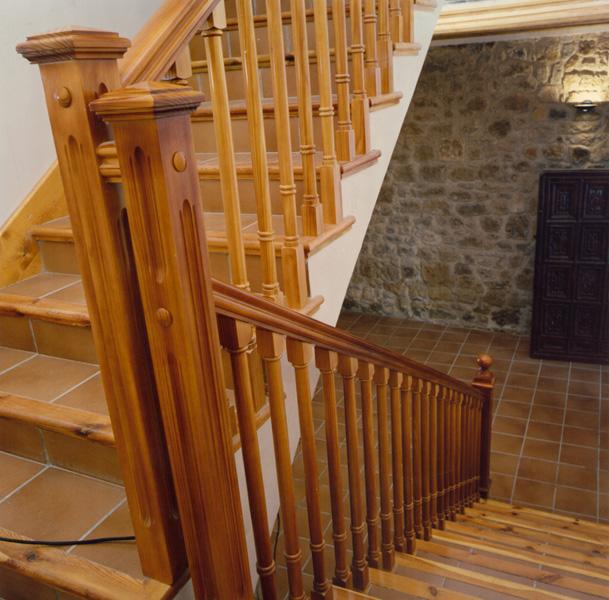 barandillas-de-madera-torneada-A16