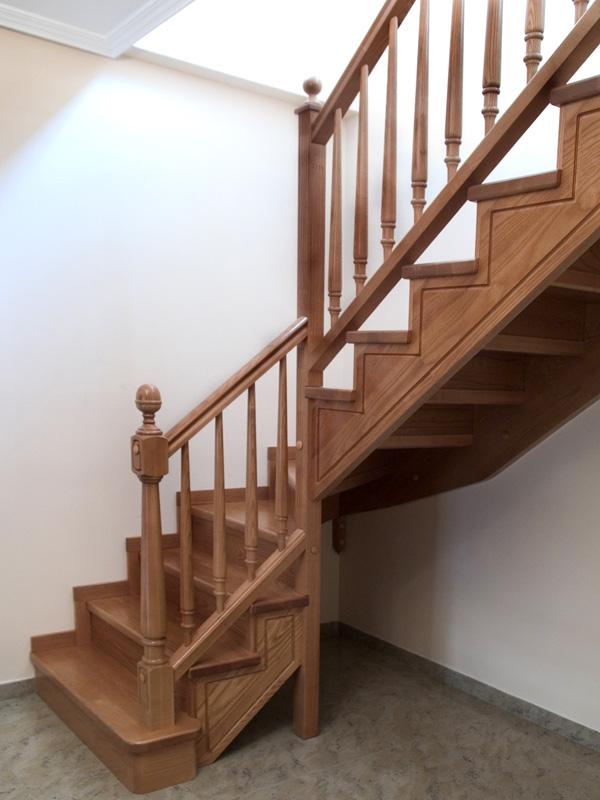barandillas-de-madera-torneada-B03