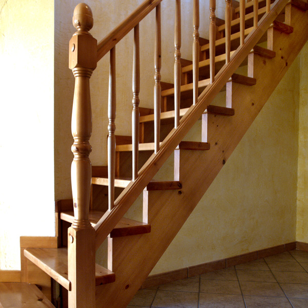 Como fabricar escaleras de madera gallery of diseo de for Como trazar una escalera de madera