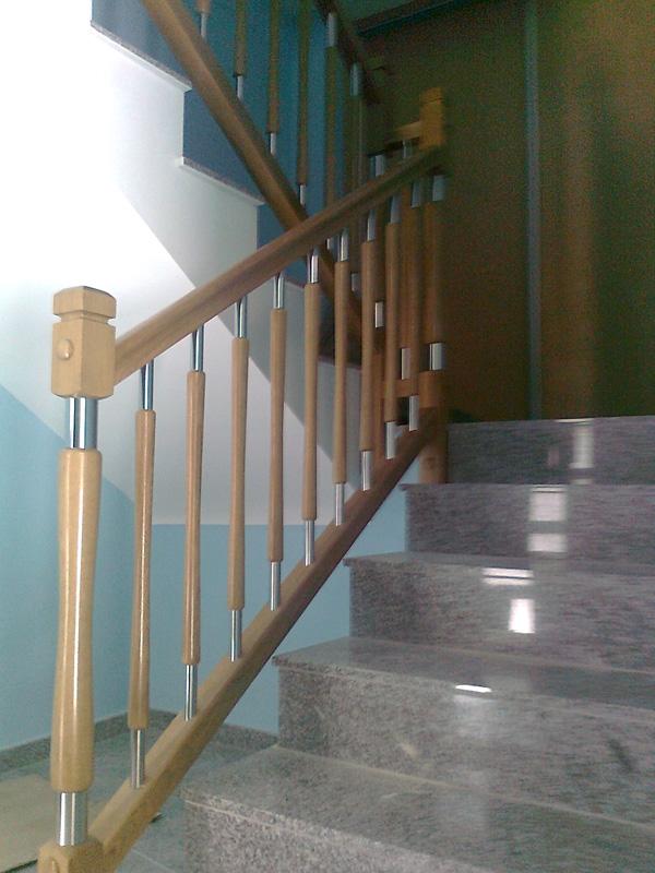 barandillas-de-madera-y-acero-inoxidable-E02