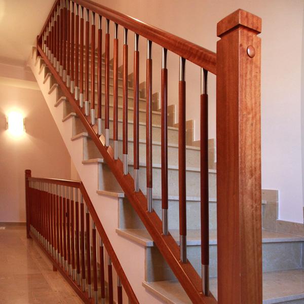 Torneados fuentespalda barandillas y escaleras de madera forja hierro acero inoxidable y - Barandillas de madera para interior ...