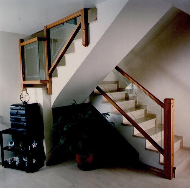 Torneados fuentespalda barandillas y escaleras de madera - Escaleras de cristal y madera ...