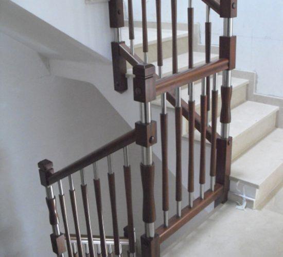 barandillas-de-madera-y-acero-inoxidable-E09