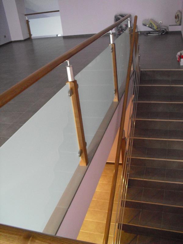 barandillas-de-madera-y-acero-inoxidable-TFCRISTAL04